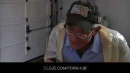 Wrinkled oldman fucks teeny ass hole