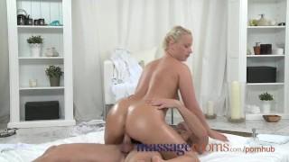 Massage Rooms Plump mature blonde milks masseuse's hard cock with her ass porno