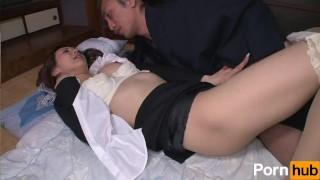 Hataraki Woman Kanno Shosetsu no Zairyo ni Sareta Onna Henshusha - Scene 2 Shaved bald