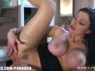 Aletta Ocean fucks in a coffee shop – Brazzers