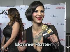 PornhubTV - Do You Masturbate? Red Carpet AVN Awards 2014