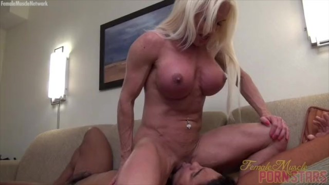 naked muscle women squirting