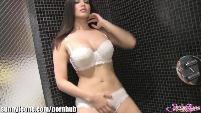 Sunnyleone Masturbating In My Shower  Thumbzilla-5658
