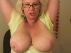 ROLEPLAYING WITH KATYANNMILF......MOMMY PLAY