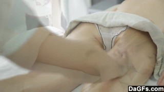 Thanking The Massage Therapist With A Blowjob porno