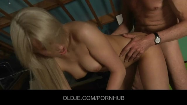 Young fuck dirtyoldman - Shy oldman seduced and fucked by bold hussy blonde