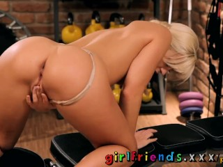 Girlfriends Fit blonde girl with perfect plump pussy and ass having workout