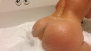 shower rub with bubble butts share a male