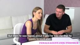 VrouwlijkeAgent. MILF deelt sexy vrouw en haar vriend een een geweldige trio