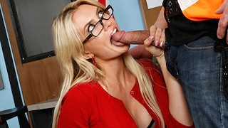Hot teacher Gigi Allens gets pounded by construction worker - Pornitus