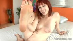 Zoey Nixon - Self Sucking
