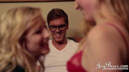 JoyBear Hot Blondes in Erotic Threesome