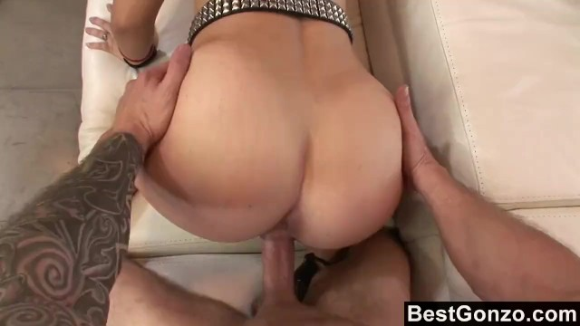 Jizz on her ass galleries Rocker chick gets a load of jizz on her ass