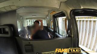 Vídeos pornôs - Fake Taxi - Candi Cox Faketaxi Sexy American Falls Para Velho Truque De Táxi