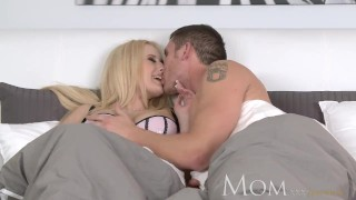 MOM Divorced and dating leads to hot sex Big cumshot