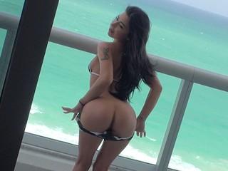 Mofos - Adriana Lynn loves big boats and big dicks
