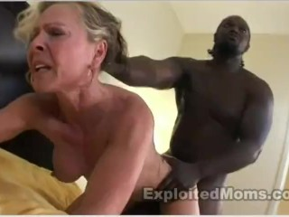 Super Facial Wrinkles muscle milf fucks