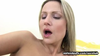 Toys her pussy blonde speculum pussy
