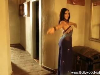 Sensuous Dance of the Tawaif