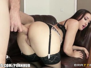 Preview 6 of Squirting maid Gabriella Paltrova cleans up - Brazzers