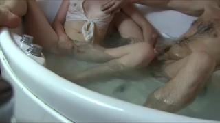 Hidden Parabolic - Art of Blowjob. Bathtub Facefuck by Sylvia Chrystall.