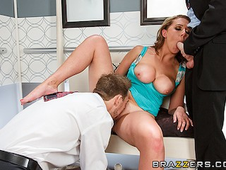 Porn Star Kiki Carter Brooke Wylde takes two dicks in the elevator - Brazzers
