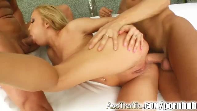 Ass traffic cum Ass traffic cum covers her face after double penetration