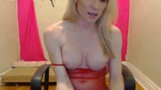 Il meglio del porno - Tranny 4 Free - TGirls Grandi Tette Bionda Trans Si Masturba Il Suo Cazzo