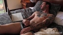 Tattooed Straight Guy Dave Masturbating