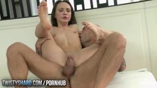 Nataly Vonfa loves massages and big dicks