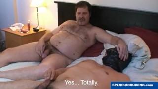 Hung daddy bear fucking porno