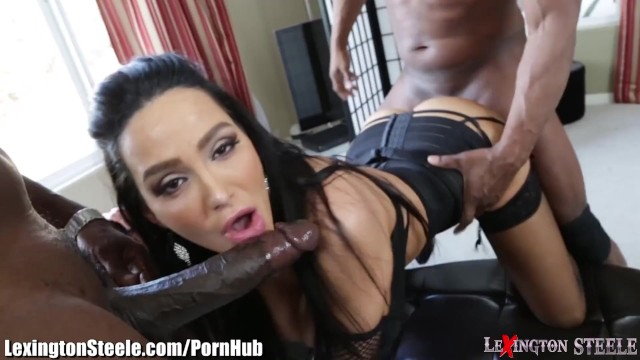 Lex big dick Lexingtonsteele amy anderssen bbc spit-roast