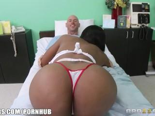 Codi Bryant is a dirty nurse - Brazzers