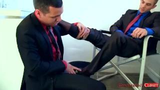 Socks & Bare Foot Worship Latina footjob