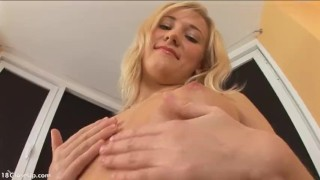 Julia Oils Up her Perfect Body