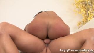 Derrick fucks a hot brunette Orgasm ladyboy
