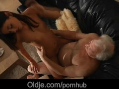 Movie:Lucky old man is spicy fucked ...