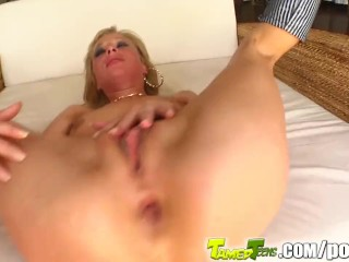 Large anal penetration small girl