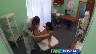 FakeHospital Lucky patient receives sexual healing treatment Blowjob exxxtra