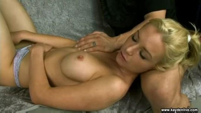 szykując się do seksu analnego