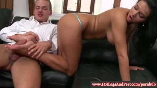 Victoria Blaze has feetworshipped