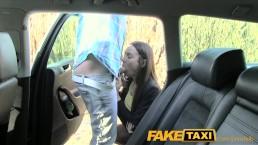 FakeTaxi - Il baise une fêtarde sur la banquette arrière de son taxi