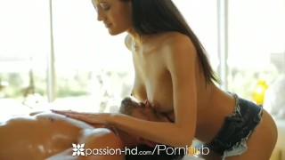 Hd Passionhd Chloe Amour Rubs Her Naked Body On Her Man