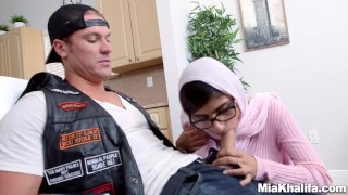 Mia Khalifa stepmom Juliana Vega fucks and sucks her boyfriends cock  big ass big-cock big-tits hijab mom blowjob milf reverse-cowgirl 3some muslim babes mother threesome step-mom arabic religious