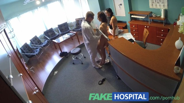 Nurse patient exam porn - Fakehospital nurse seduces patient and enjoys licking her pussy