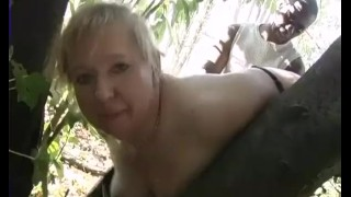 Hot datter Fucks Gamle tante