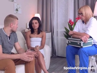 Italian Home Sex Videos Young Veronica did not want to be a pussy the first time she had sex