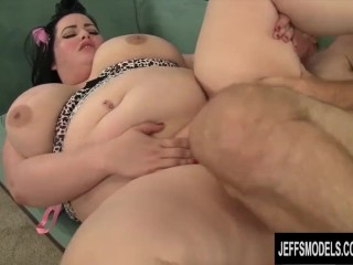 BBW Eliza Allure gets her pussy pounded by a fat cock