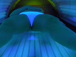 Mature women nude clips