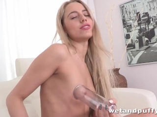 anal plug orgasm - Butt plug anal and orgasm for squirting blonde